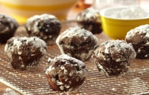 Chocolate Black Bean Muffin Puffs